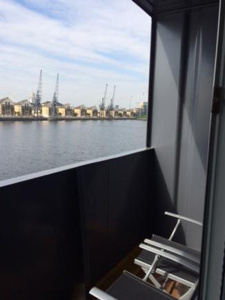Yacht - Balcony