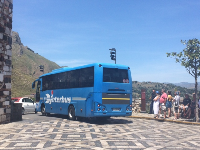 Castemola Bus.jpg