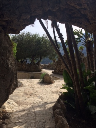 Isola Bella Pool