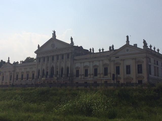Villa Pisani.jpg