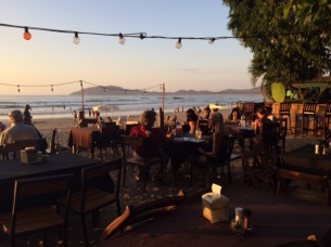 beach-dinner-7