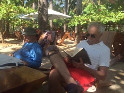 lola-reading