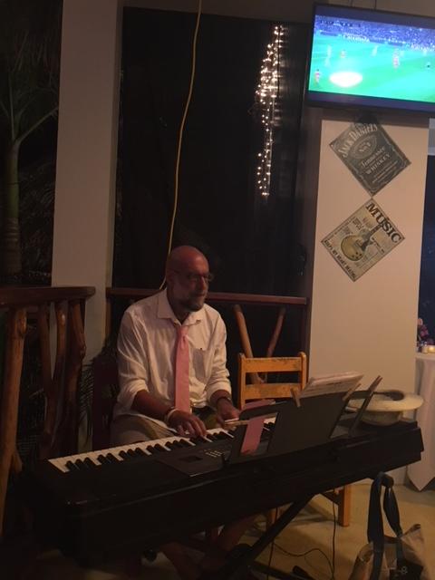 LL Piano