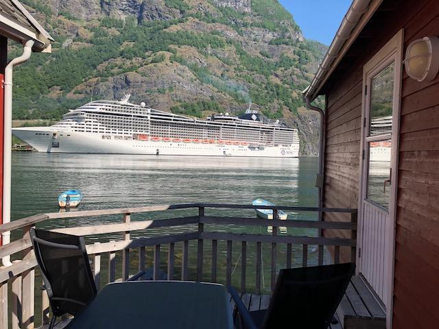 Cottage Cruise Ship