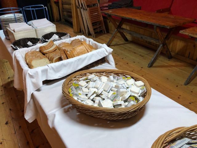 Cruise - Bread & Butter